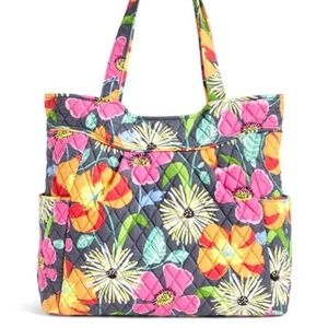 NEW VERA BRADLEY Jazzy Blooms Floral Pleated Tote